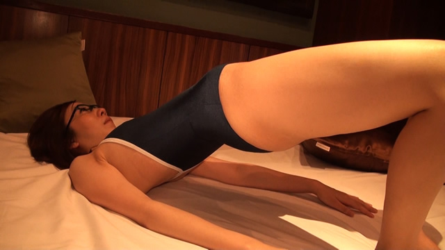 [Full HD and SD] swimming swimsuit Nissho Shuppan! Married woman wearing a swimsuit AI, stretch! Hen