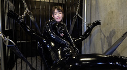 Rubber Suit Lovers ~ Women Who Keep Rubber Pets ~